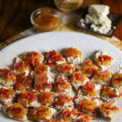 Bleu Cheese, Fig, and Crispy Prosciutto Flatbread