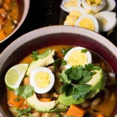 Peruvian Chicken Stew With Corn (Estofado de Pollo con Mote Peruano)