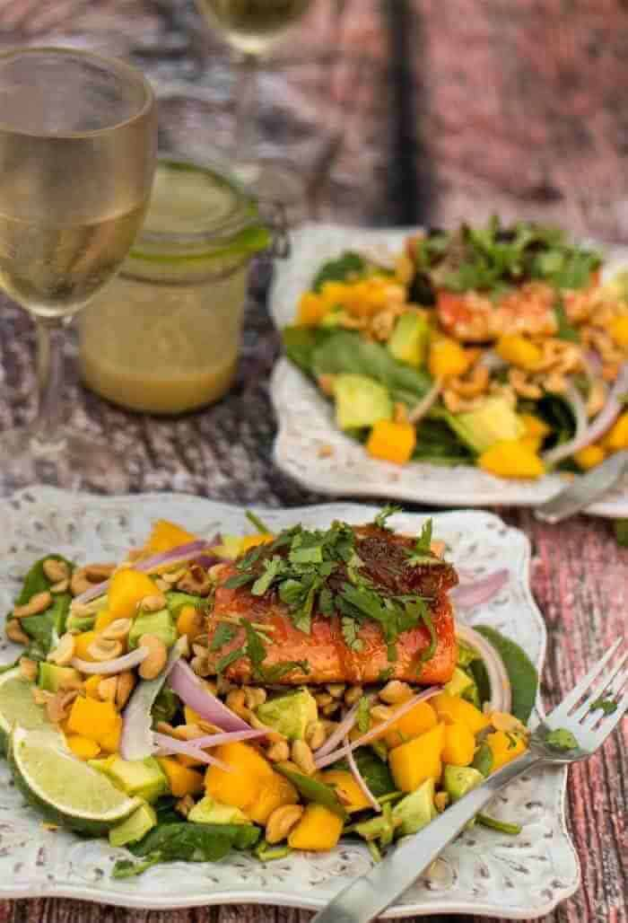 Seared Salmon & Spinach Salad With Ginger-Lime Vinaigrette