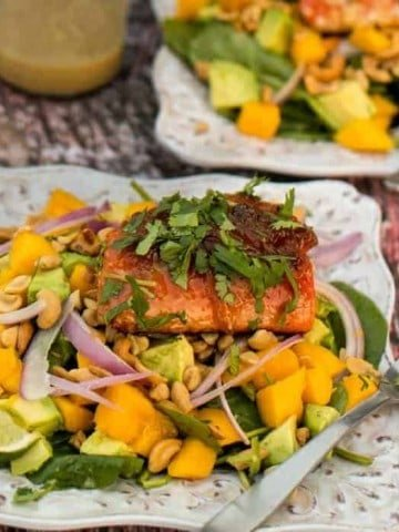 Seared Salmon and Spinach Salad
