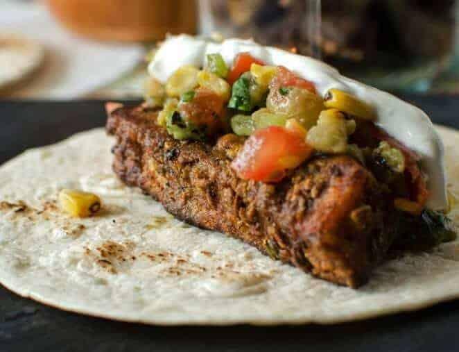 25 Exciting and (Mostly) Healthy Taco Recipes / www.beyondmeresustenance.com