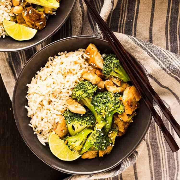 peanut sauce chicken broccoli bowls