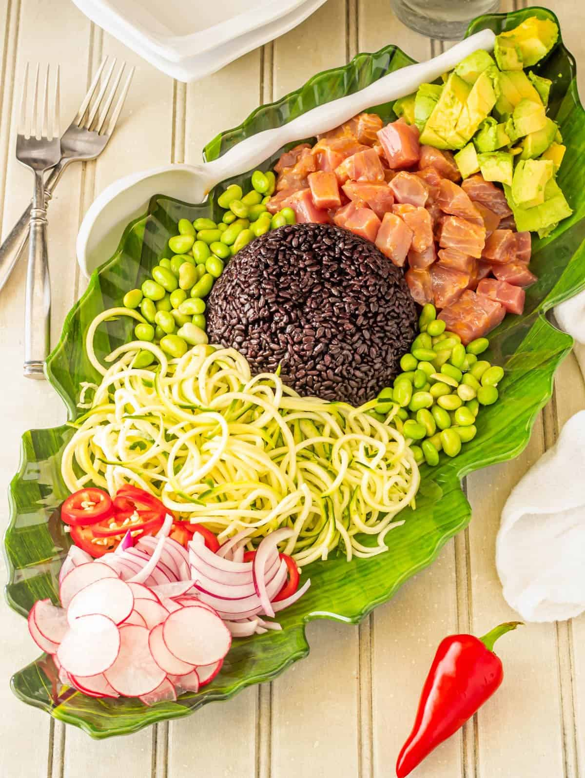 Healthy Tuna Poke Bowl tablescape