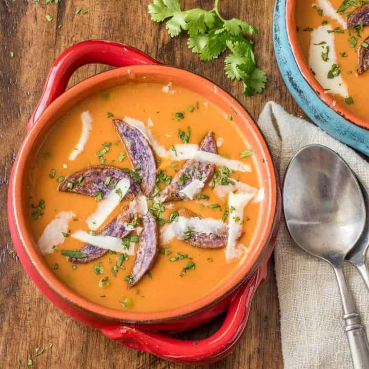 Creamy Tomato Bisque Peruvian-Style feature