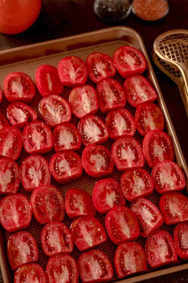 Simple Slow-Roasted Tomatoes in Sheet Pan