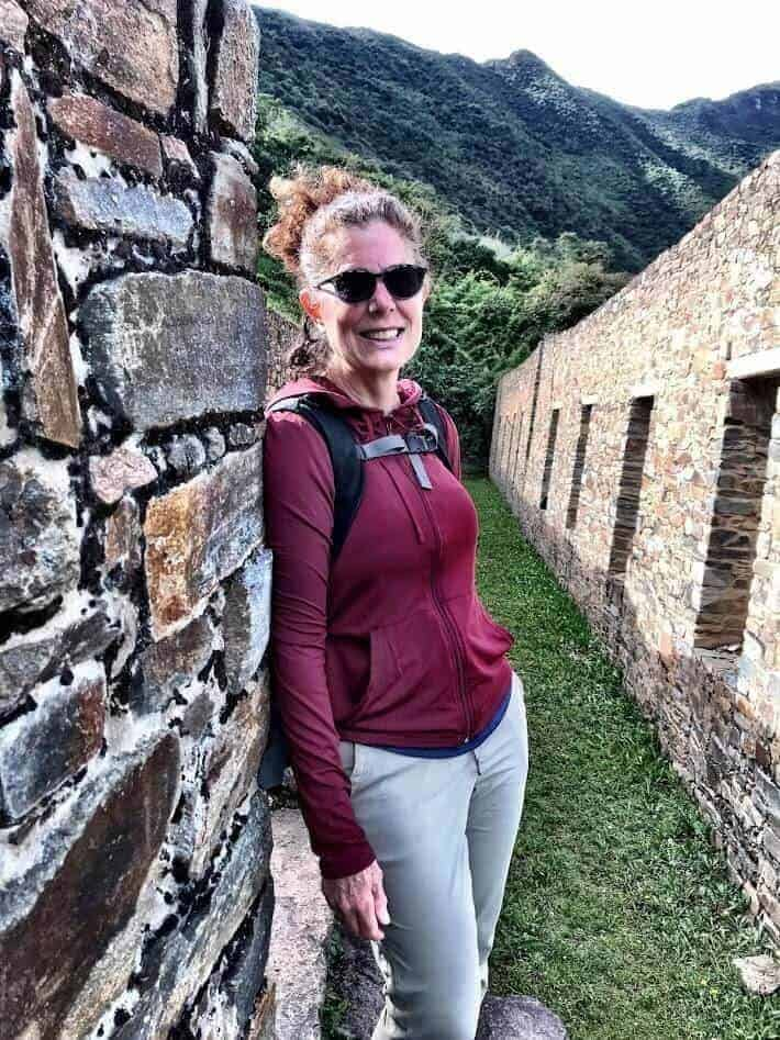 Tamara leaning against the ruins in Choquequirao, Cuzco, Peru.