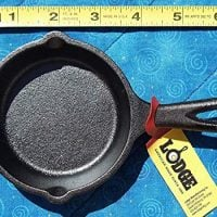 4 Lodge LMS3 3.5 inch Cast Iron Mini Skillet / Spoon Rest / Ashtray Pre-Seasoned Black